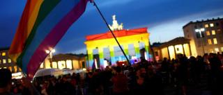 Alemanha anula condenações  de 50 mil gays por lei nazista