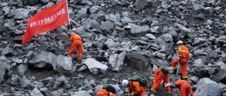 Sobe para 15 número de mortos em deslizamento na China