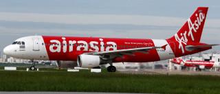 Falha faz poltronas de avião tremerem em voo para a Malásia