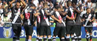 Vasco bate Atlético-GO e sobe  para 4º lugar no Brasileiro