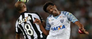Joel marca duas vezes contra ex-time,  e Avaí surpreende o Botafogo