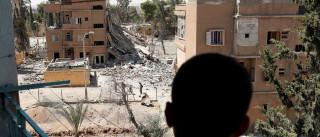 Bombardeio contra área do EI na Síria mata  ao menos 30 civis