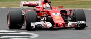 Problema em pneu de Vettel foi  causado por furo, diz Pirelli