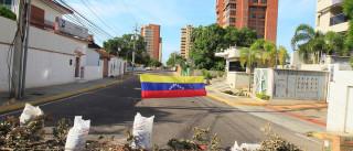 EUA impõem sanções contra 13  funcionários da Venezuela