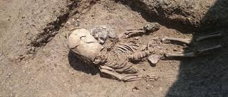 Esqueleto extraterrestre é encontrado na Crimeia
