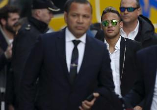Pai de Neymar: Barça 'aprendeu' novo modelo de contratação com ele