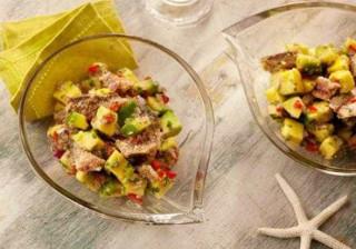 Salada de Abacate com Sardinha é opção nutritiva para jantar; aprenda