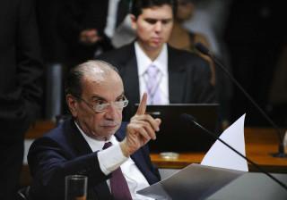 Aloysio Nunes nega que irá para a vaga  de Serra no Itamaraty