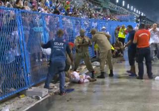 Acidente grave com carro alegórico deixa 20 feridos na Sapucaí