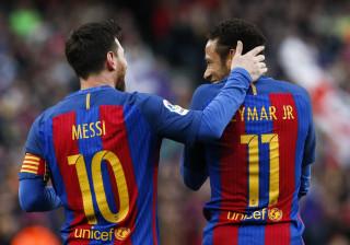 Neymar sobre possível renovação de Messi: 'Ele é o Barcelona'