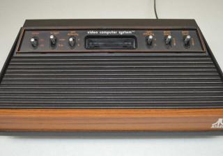 TecToy posta vídeo misterioso que sugere volta do Atari 2600