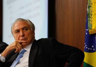 Temer admite rediscutir reforma da  Previdência, dizem senadores