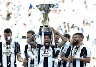 Juve vence Crotone e se consagra hexa do Campeonato Italiano