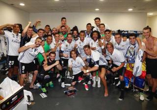 Vídeo mostra festa do título no vestiário do Real Madrid; assista