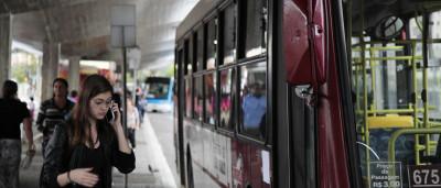 Duas linhas de ônibus são criadas para o desfile de carnaval no Anhembi