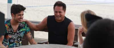 Angélica grava programa com o cantor Leonardo e seu filho; veja fotos