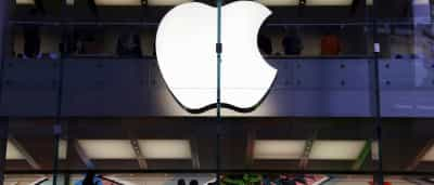 Próximo iPhone pode ter carregamento sem fio, diz jornal