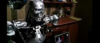Programador russo cria robô assassino que sabe falar