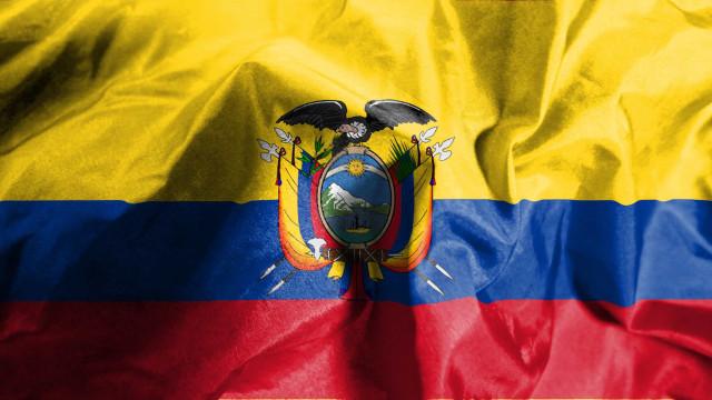 Incêndio em clínica no Equador faz 18 mortos