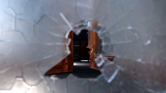 Tiroteio em hospital nos EUA deixa dois mortos, incluindo atirador