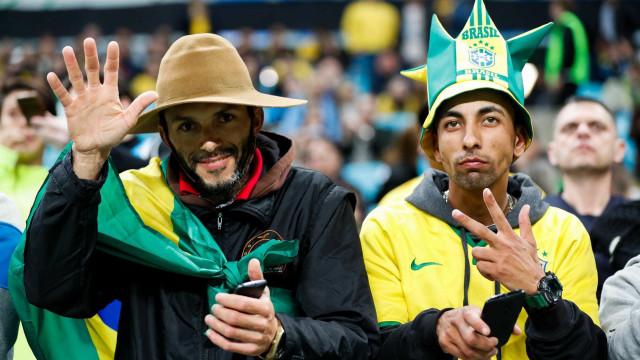 Mais de 500 bilhetes falsos para jogo do Brasil apreendidos na Colômbia