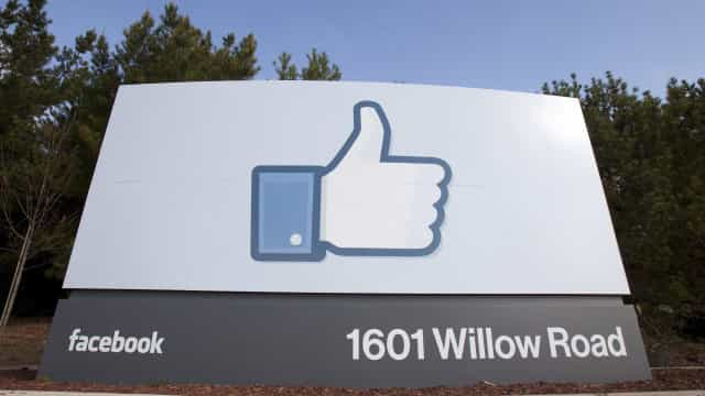 Facebook estreou centro de controle de notícias falsas