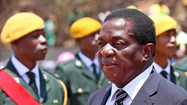 Zimbábue: Mnangagwa poderá assumir poder em 48 horas