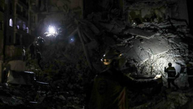 Ataques aéreos na Síria atribuídos à Rússia deixam 38 mortos
