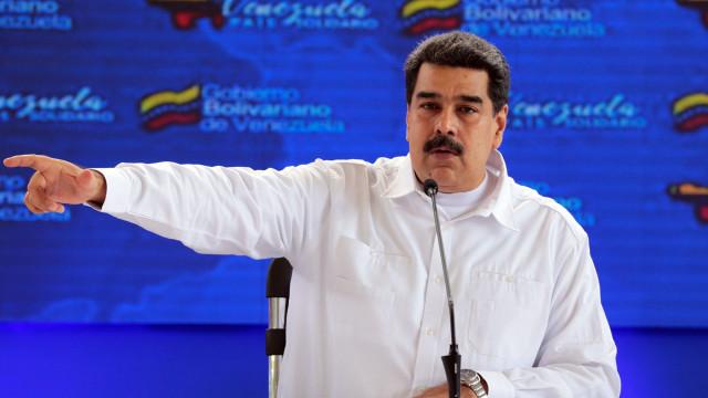 Maduro acusa EUA de usarem crise para justificar ação militar