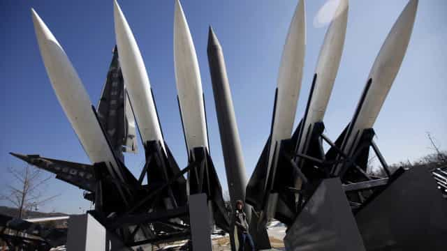 Rússia ou Estados Unidos: qual país tem mísseis mais potentes?