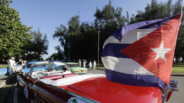Cuba discute permitir união entre pessoas do mesmo sexo