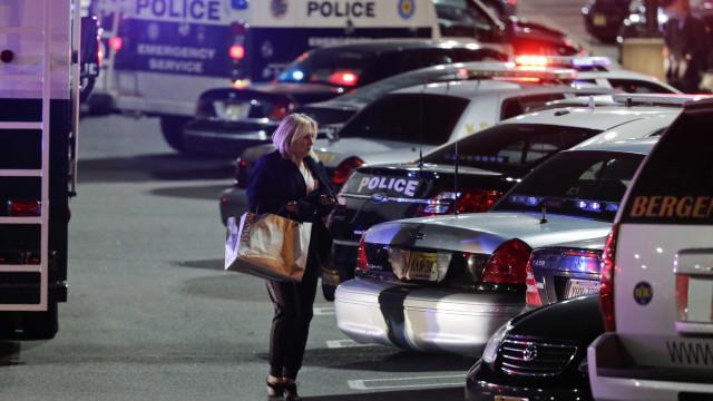 Autoridades policiais reportam tiroteio próximo ao Capitólio