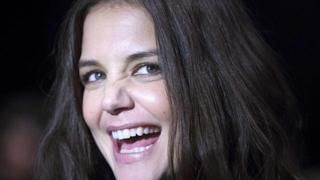 Adaptação de 'O Segredo' será estrelada por Katie Holmes no cinema