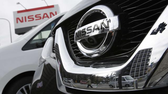 Escândalo de emissões passa batido por ações da Nissan