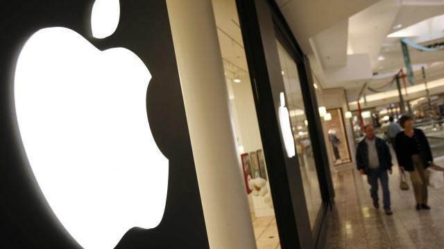 Apple quer produzir a sua própria tecnologia de telas