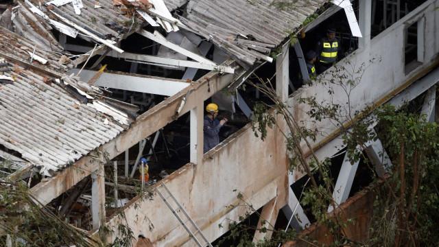 PSB é condenado a indenizar moradora por acidente com avião de Campos