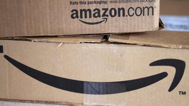 Trabalhadores da Amazon apelam à greve na Black Friday