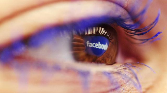 'Selfies' podem vir a ser mais importantes no Facebook