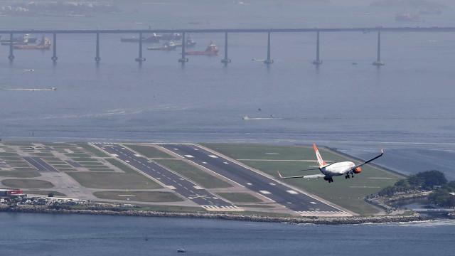 Passagens aéreas ficam 10% mais baratas em novembro