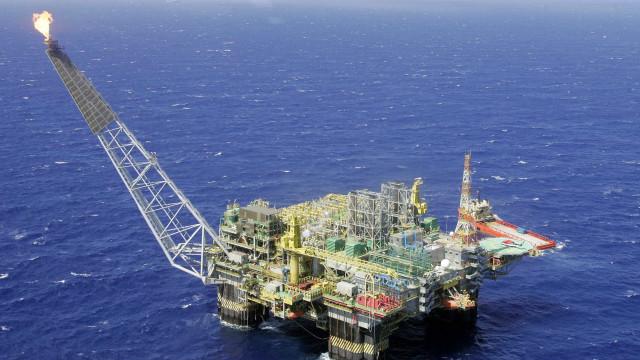 Produção de petróleo atingiu 2,6 mi de barris por dia em 2017