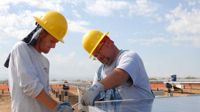 Construção civil puxa para baixo resultado da indústria no PIB