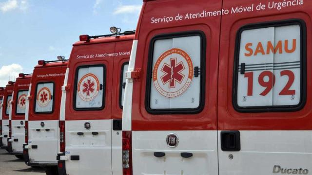 Acidente envolvendo três carros deixa família inteira ferida em MG