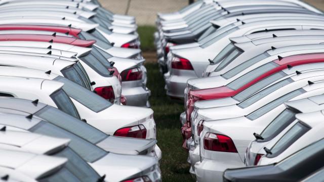 Estagnação na venda de carros faz setor rever para previsão para o ano