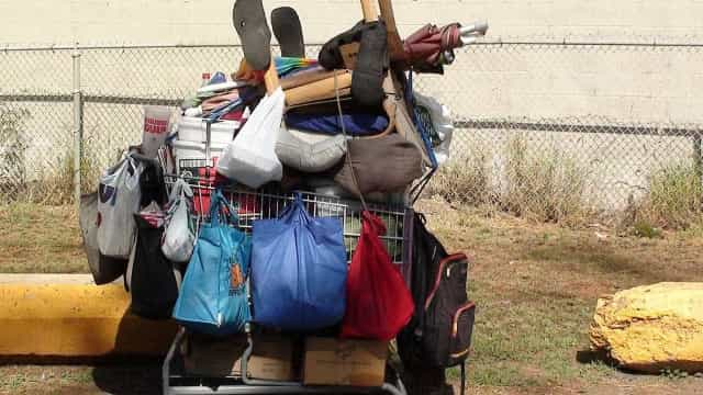SP: justiça manda guarda municipal devolver pertences a morador de rua