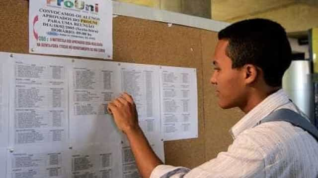 Pré-aprovados no ProUni devem comprovar informações até dia 23