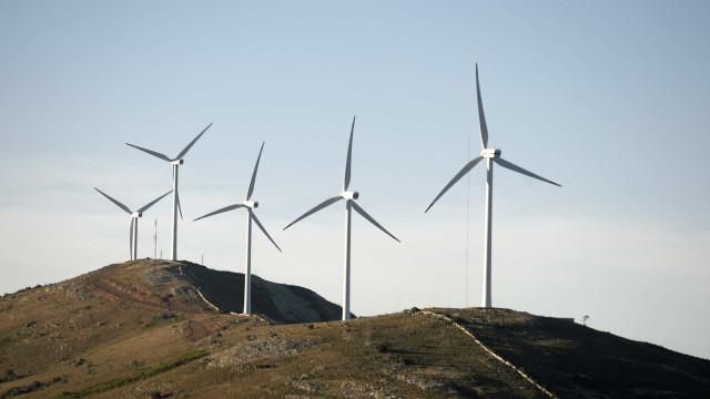 Petrobras negocia projetos de energia eólica com empresa norueguesa