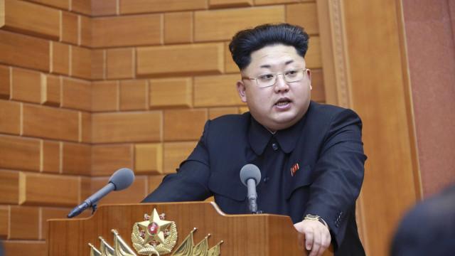 Coreia do Norte promete fazer teste mais potente de bomba H
