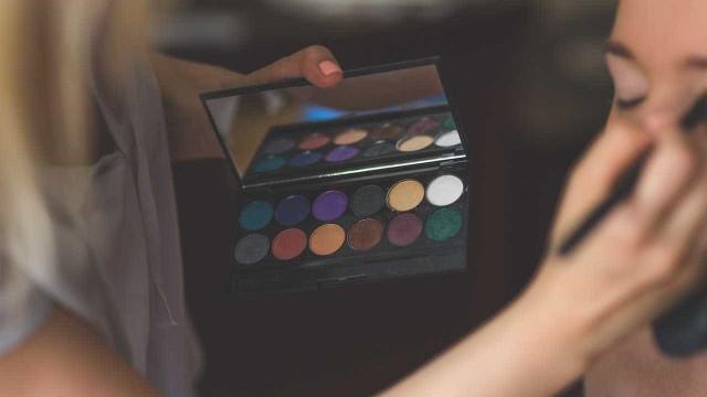 Descubra qual a maquiagem favorita de cada signo