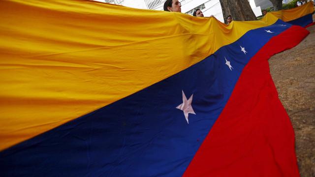 Venezuelanos no Rio se mobilizam contra crise humanitária