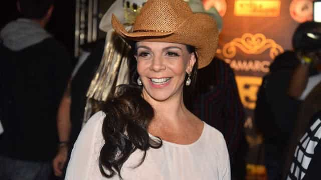'Sou muito conservadora', diz Sula Miranda sobre não transar há 10 anos